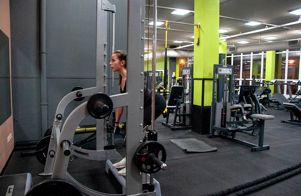 Фитнес-клуб МайФиЭлит тренажерный зал фото7